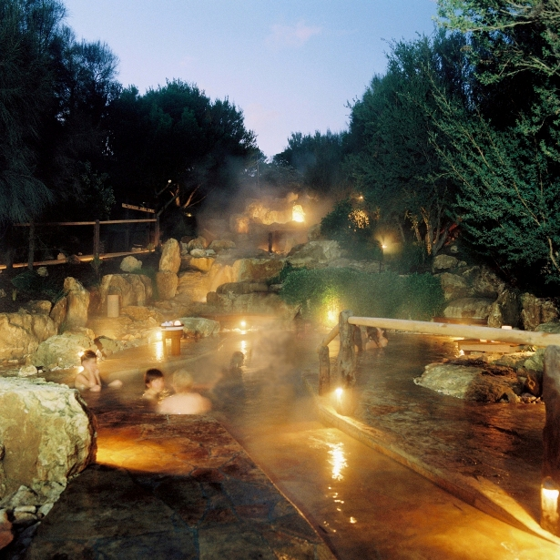 Peninsula Hot Springs Packages